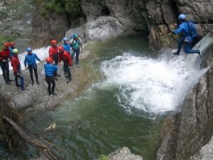 Canyoning für Einsteiger, Sportliche, und Profis bei Gunzesried und Starzlachklamm bei Burgberg (Oberallgäu) oder dem Schwarzwasserbach bei Riezlern (Kleinwalsertal in Vorarlberg)