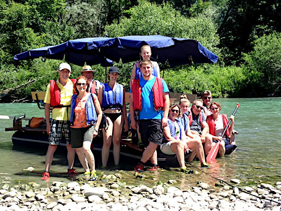 Firmenausflug-Flossfahrt-Donau